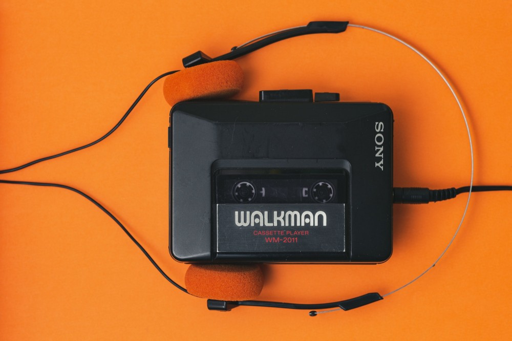 Sony Walkman radio orange